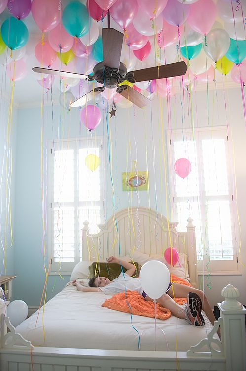 Birthday Decoration Ideas We Snuck Gobs Of Balloons In To Her Room The Night Before Idea Co