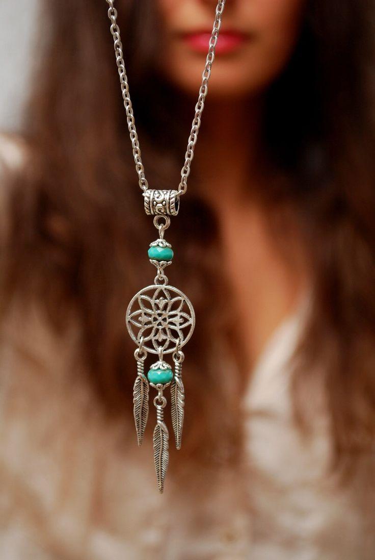 Description Emerald Feather Pendant Silver Dream Catcher